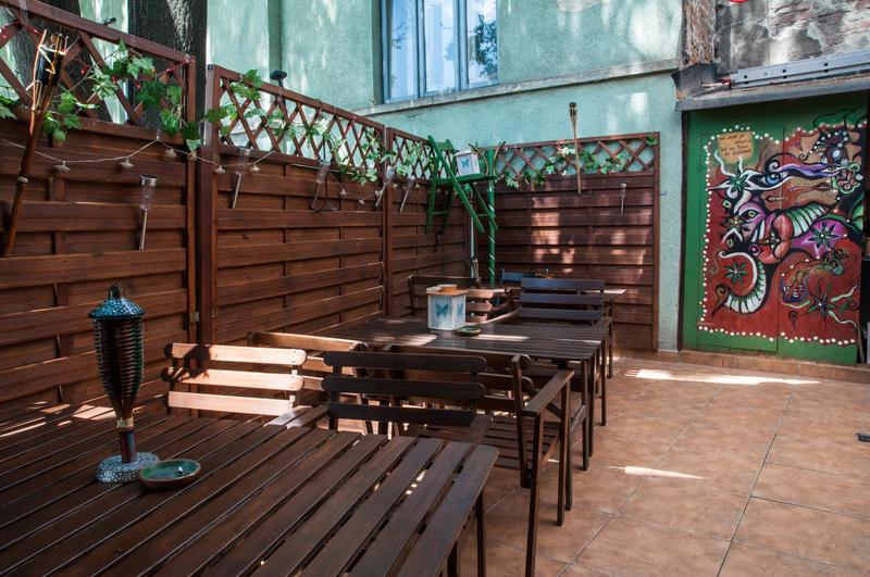 HOSTEL - Antique Hostel Bucharest