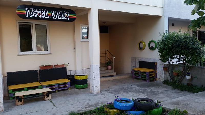 Hostel Canki