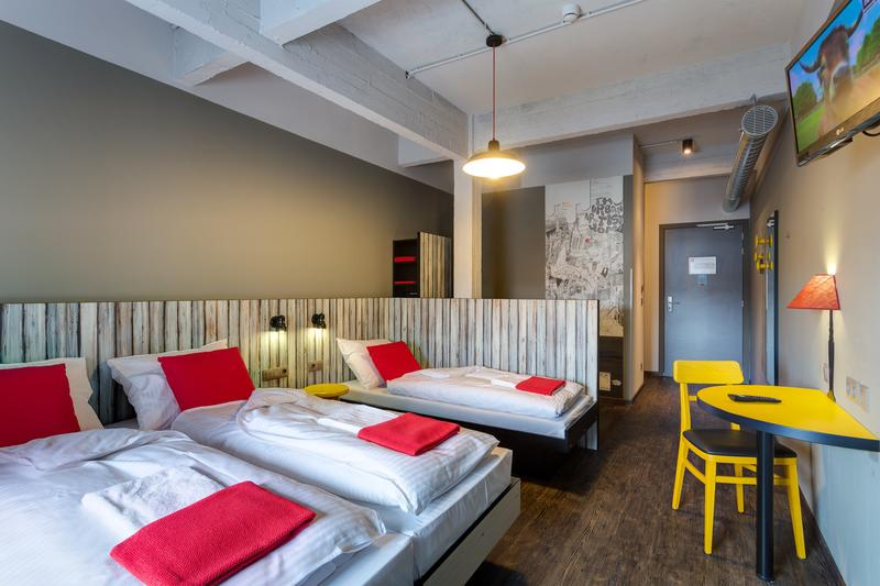 HOSTEL - MEININGER Hotel Brussel City Center