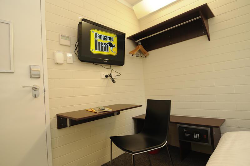 Kangaroo Inn