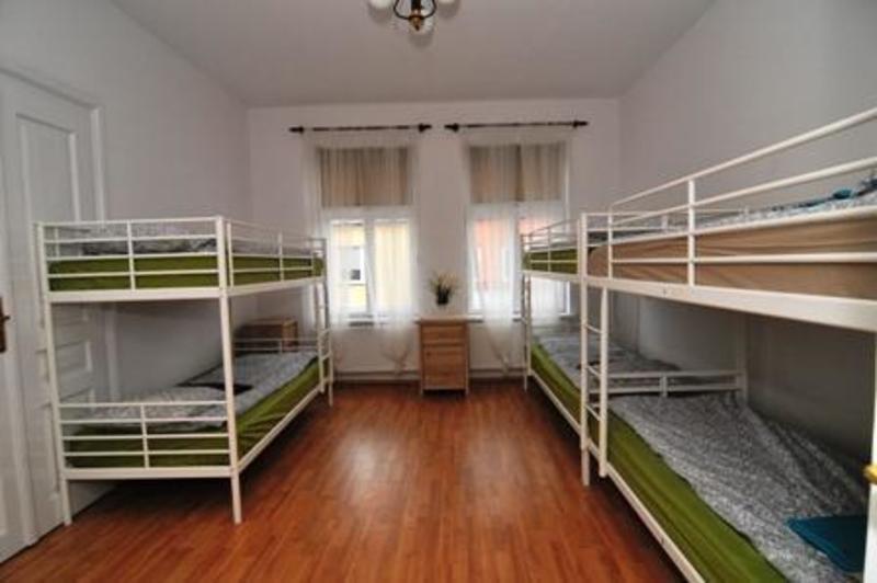 Drugi Dom Hostel