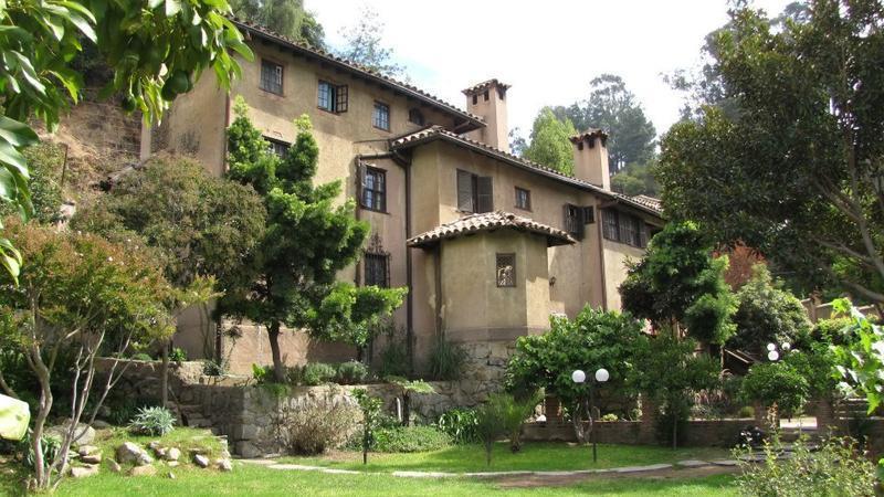 Casona Española