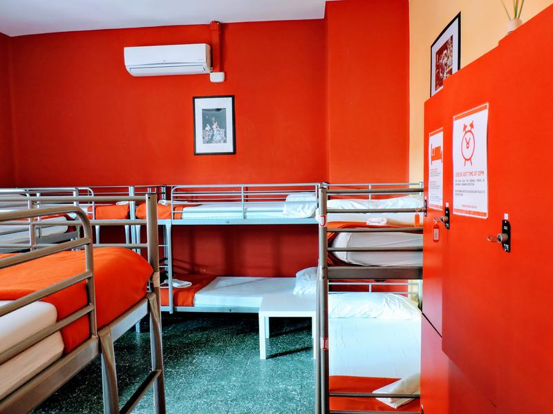 HOSTEL - Home Backpackers Hostel Valencia by Feetup Hostels