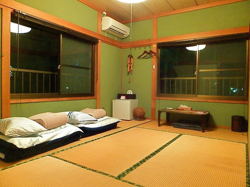 Aoshima Guest House Hooju