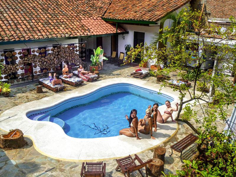 El Viajero Cali Hostel & Salsa School