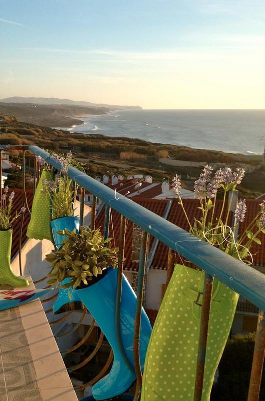 Chill in Ericeira Surfhouse