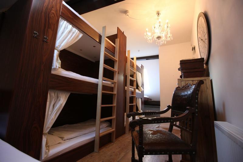 Old Kings Fuessen Design Hostel