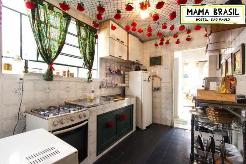 Mama Brasil Hostel