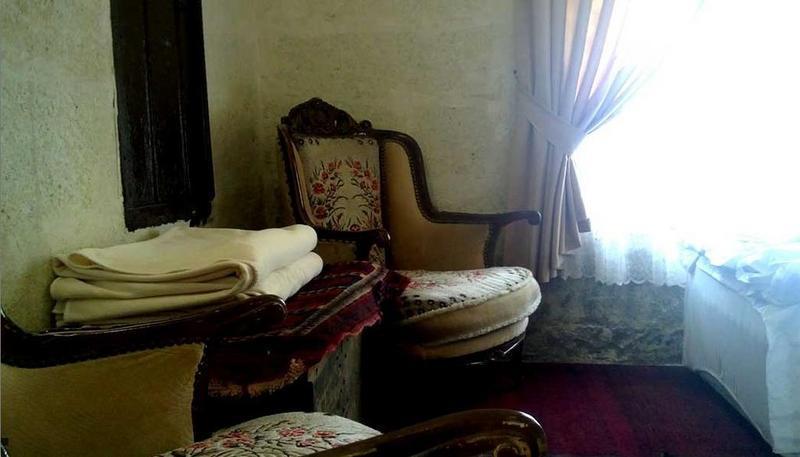 Tabiat Cave Hotel