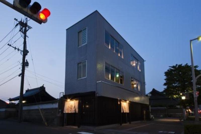 Hakata Gofukucho Hostel Takataniya
