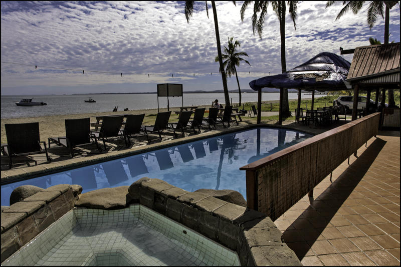 Bamboo Travellers Beach Resort in Nadi - Best Hostel in Fiji ...