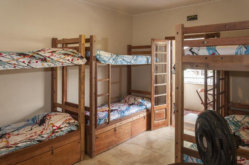 Escambo Hostel