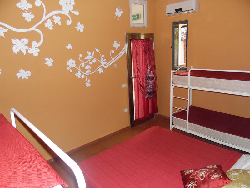 Agorà Hostel Deluxe