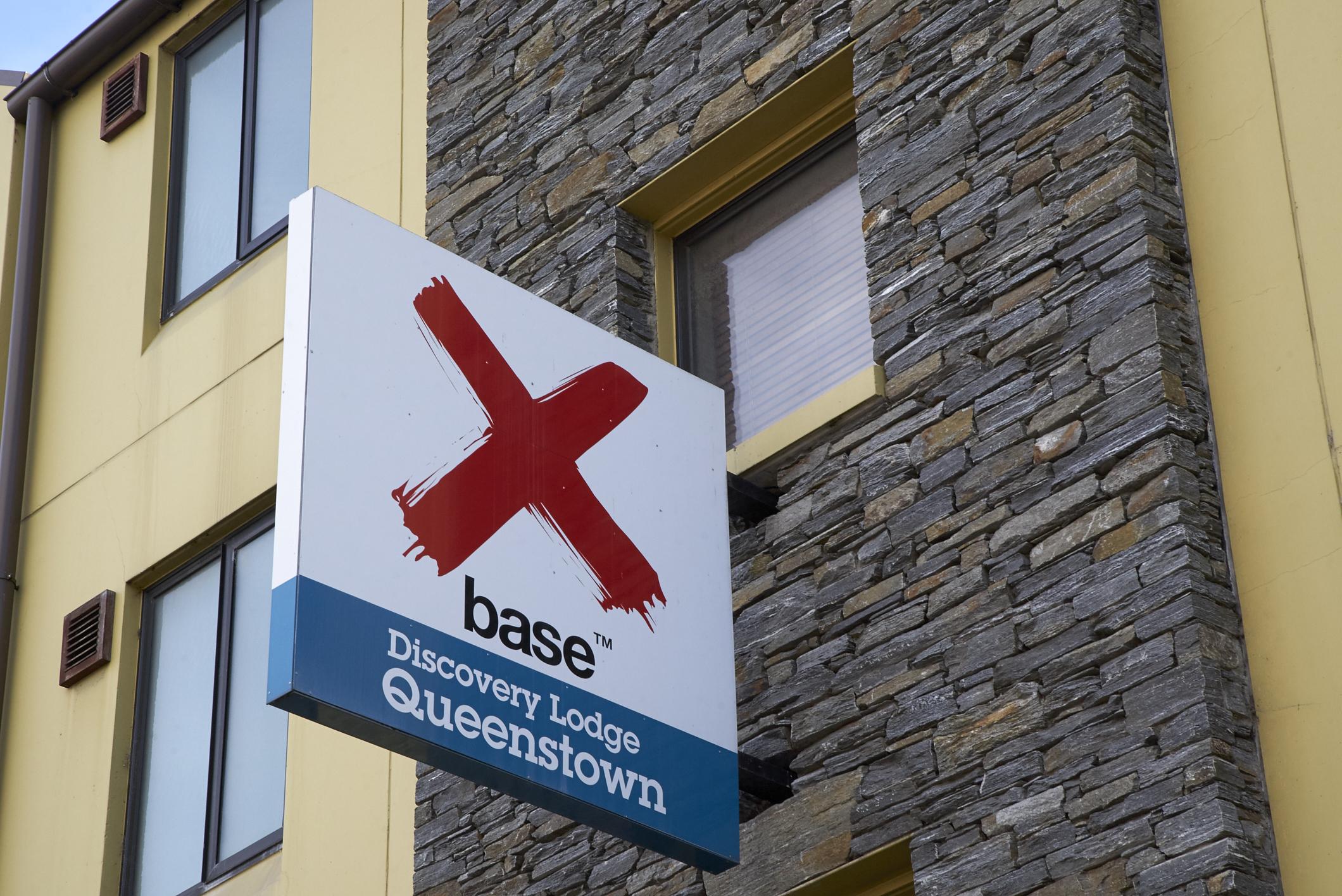 HOSTEL - Base Queenstown