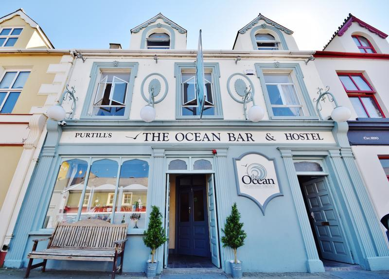Ocean Bar and Hostel