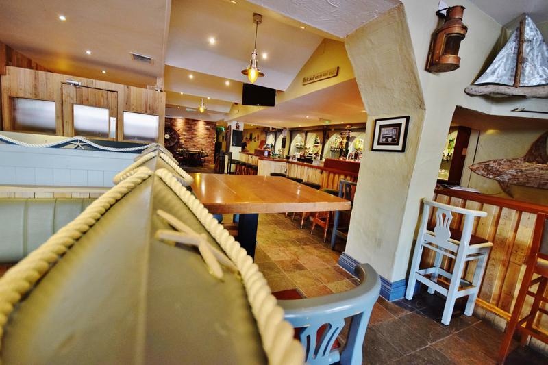 Ocean Bar and Hostel