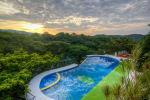 Jungle's Edge Hotel