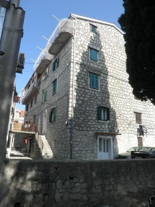 Periko Hostel
