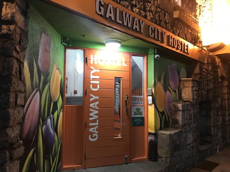 HOSTEL - Galway City Hostel & Bar
