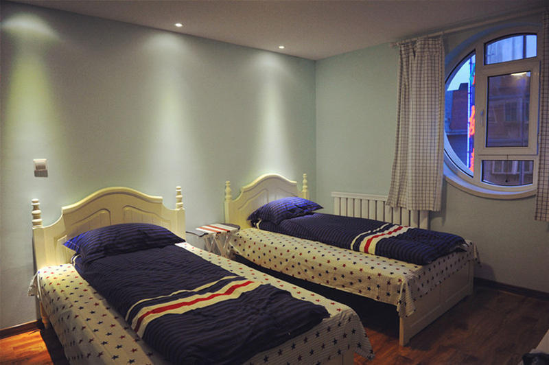 Dalian Buzzlight Year Hostel