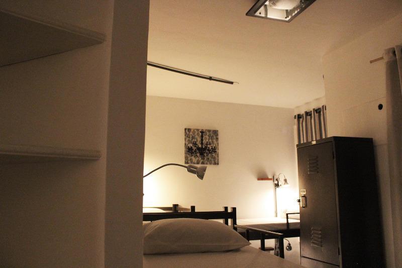 HOSTEL - 021 Hostel