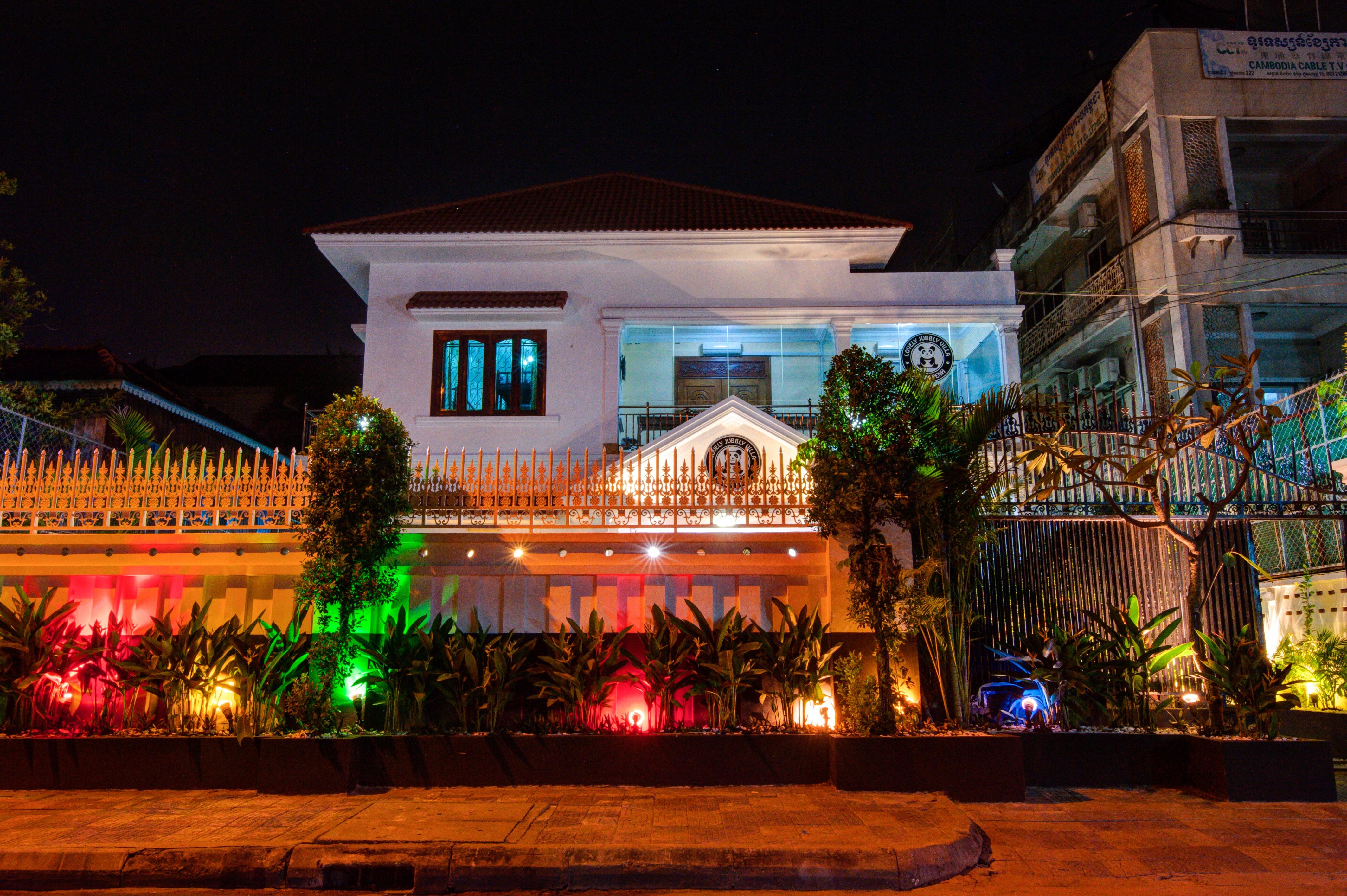 HOSTEL - Lovely Jubbly Villa