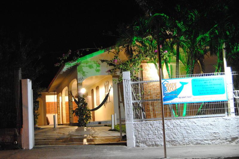 Garopaba - Cidade Baixa Hostel