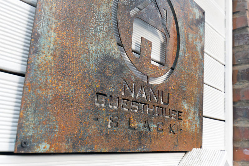 Nanu Guesthouse Black Apartments Hongdae