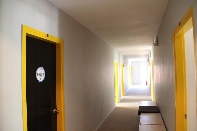 R + Hostel