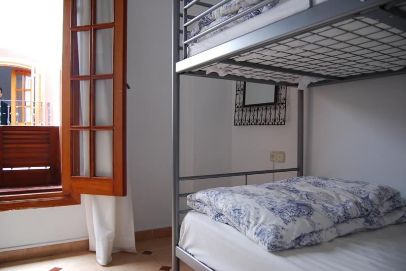 Easy Nerja Hostel