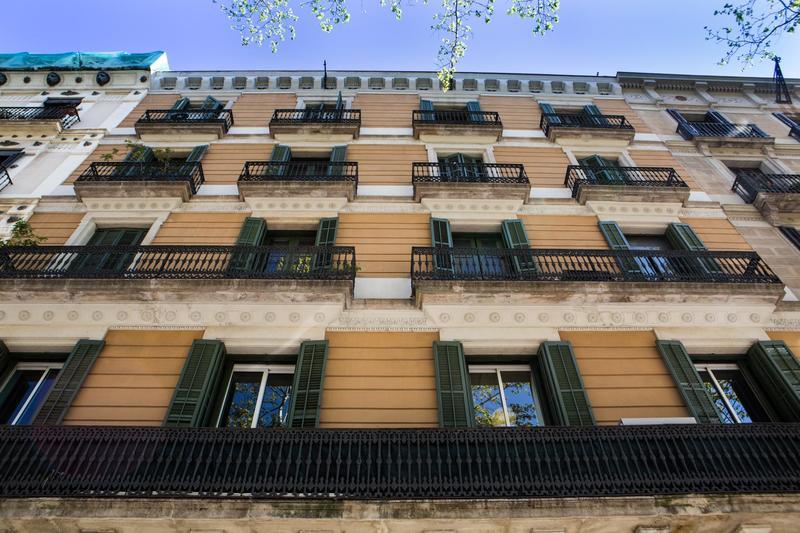 Born Barcelona Hostel