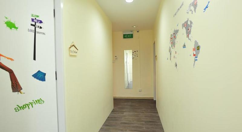 U8 Hostel