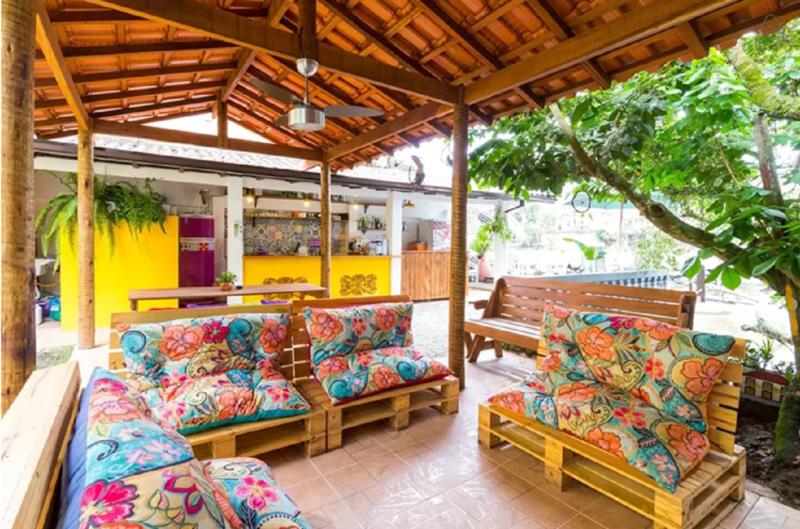 Maracujá Hostel