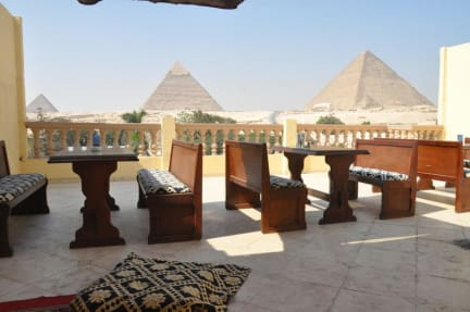 Foto's van Great Pyramid Inn