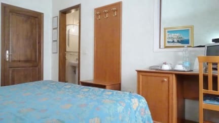 Soggiorno Madrid in Florence, Italy - Book B&B\'s with ...