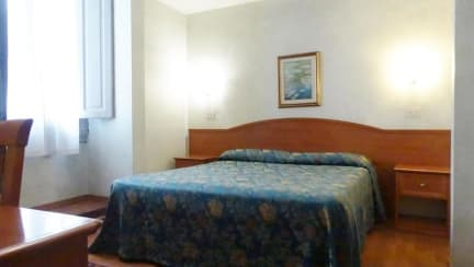 Soggiorno Madrid in Florence, Italy - Book B&B\'s with Hostelworld.com