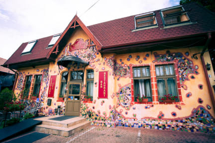 Photos of Deja Vu Hotel
