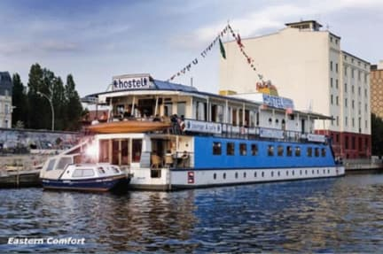 Photos de Eastern & Western Comfort Hostelboats
