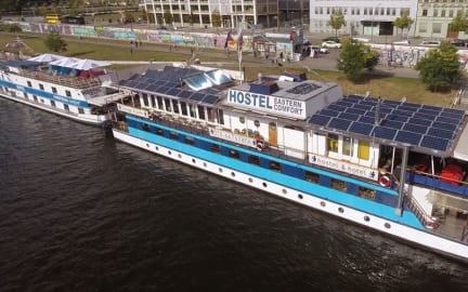 Photos of Eastern & Western Comfort Hostelboats