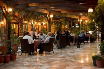 Photos of Melrose Hotel