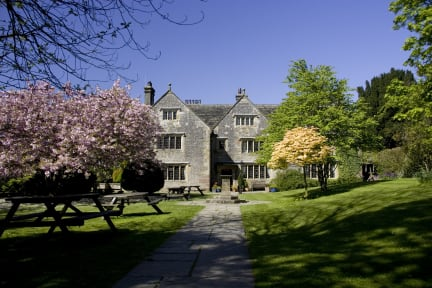 Bilder av YHA Hartington Hall