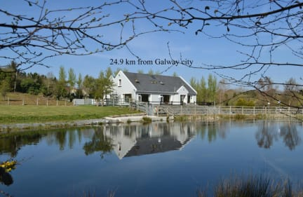 Oughterard Holiday Hostel & Angling Center tesisinden Fotoğraflar