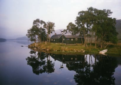 Photos of Loch Ossian Youth Hostel