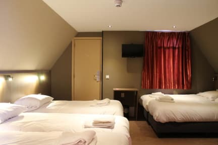 Foto's van Aston City Hotel