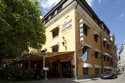 Foto's van Monte Kristo Hotel