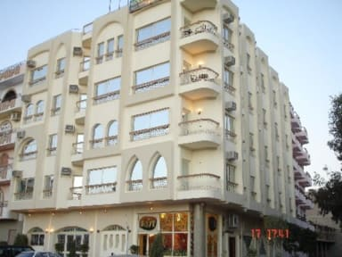 Foton av Golden Rose Hotel