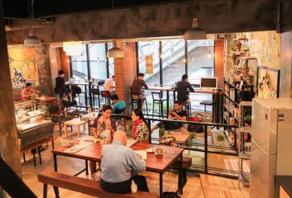 Bilder av Thonglor Travellers Hostel and Cafe