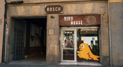 Foto's van Bird House