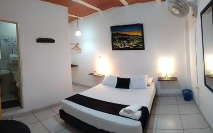 Fotky Guernika Hostel