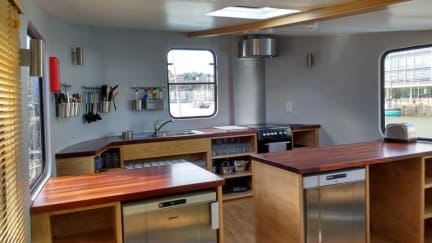 Fotografias de Kyle Blue - Bristol Harbour Luxury Hostel Boat